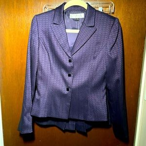 Tahari skirt and blazer suit set used size 4